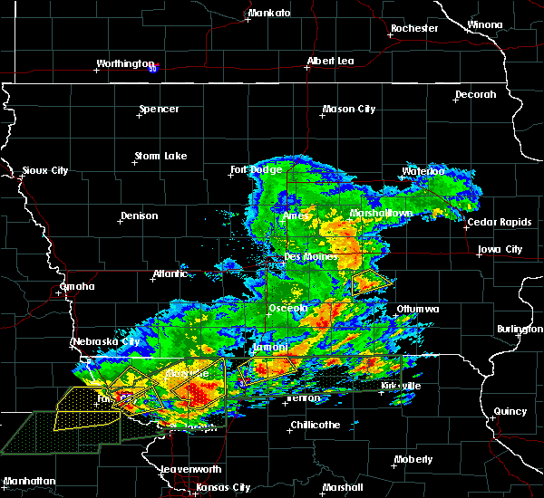Radar Image for Severe Thunderstorms near New Sharon, IA at 5/28/2019 3:56 PM CDT