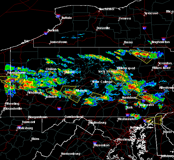 Radar Image for Severe Thunderstorms near Claysburg, PA at 5/28/2019 5:20 PM EDT