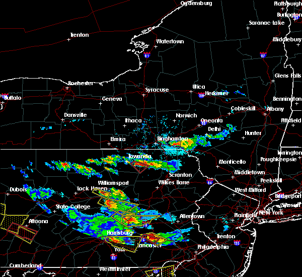 Radar Image for Severe Thunderstorms near Wyalusing, PA at 5/28/2019 5:32 PM EDT