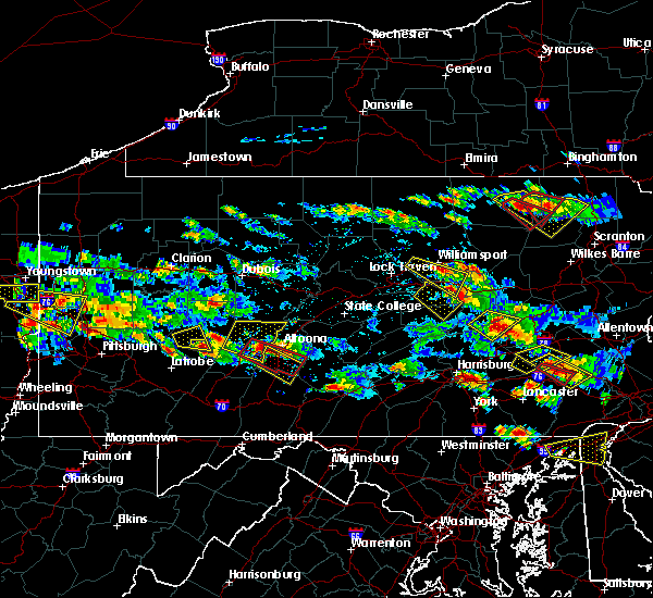 Radar Image for Severe Thunderstorms near Rossiter, PA at 5/28/2019 5:32 PM EDT