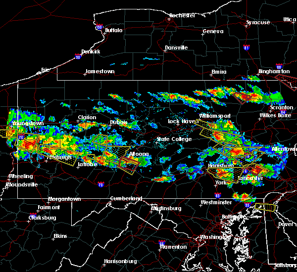 Radar Image for Severe Thunderstorms near Claysburg, PA at 5/28/2019 5:40 PM EDT