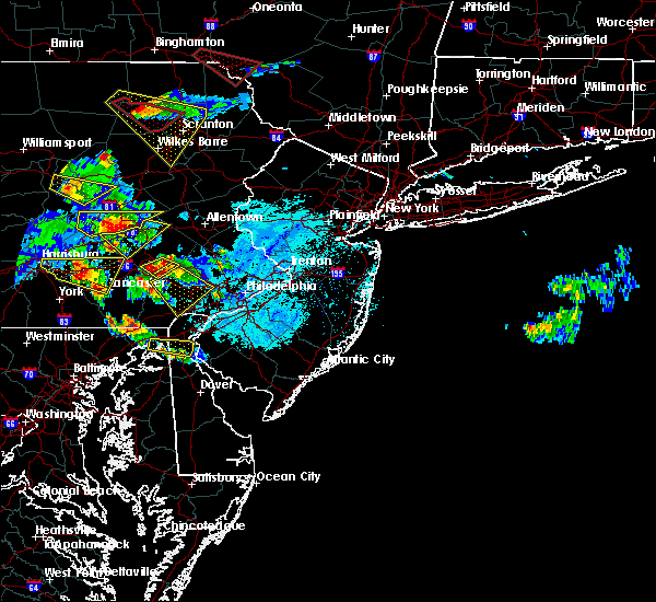 Radar Image for Severe Thunderstorms near Reiffton, PA at 5/28/2019 5:51 PM EDT