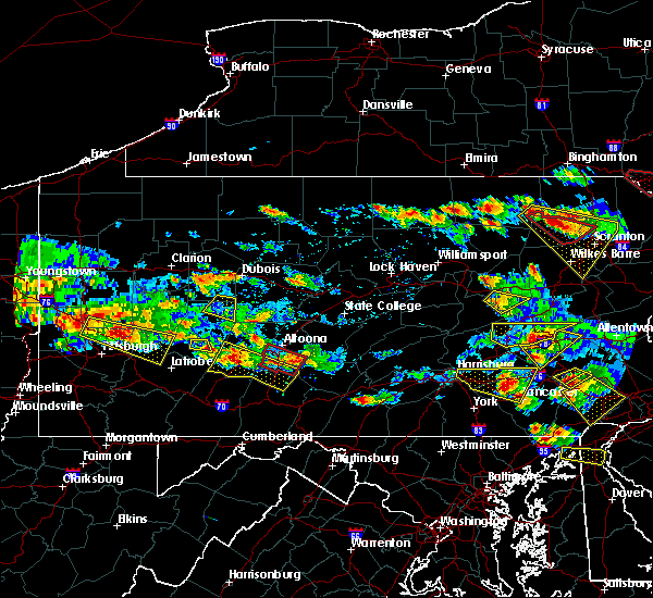 Radar Image for Severe Thunderstorms near East Freedom, PA at 5/28/2019 5:55 PM EDT