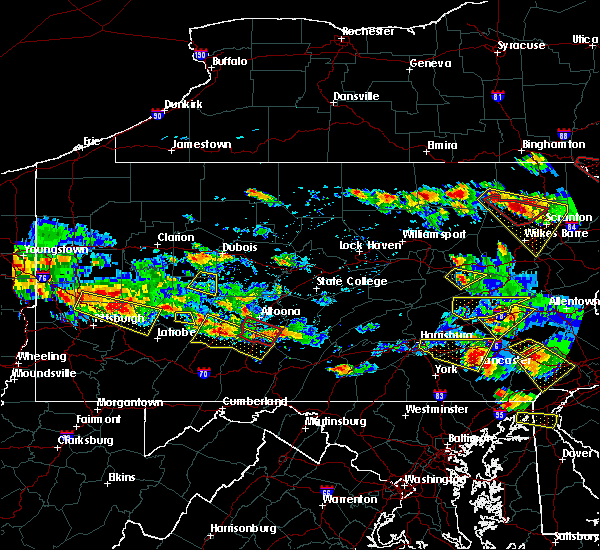 Radar Image for Severe Thunderstorms near Quentin, PA at 5/28/2019 5:59 PM EDT