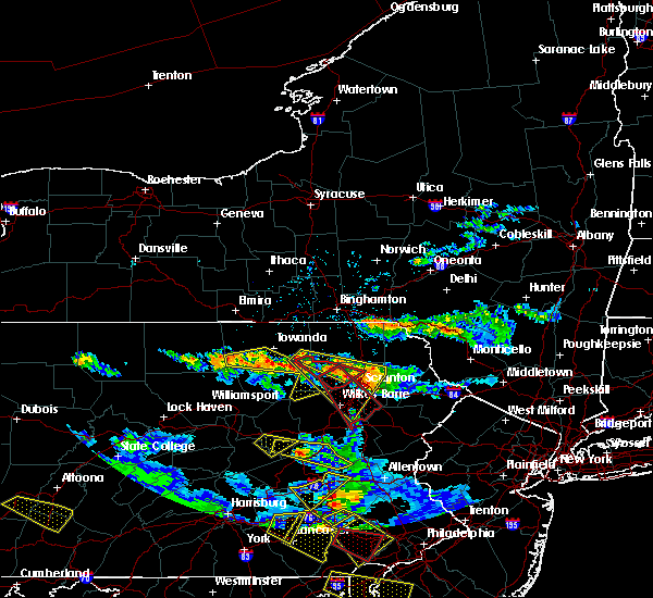 Radar Image for Severe Thunderstorms near Hometown, PA at 5/28/2019 6:18 PM EDT
