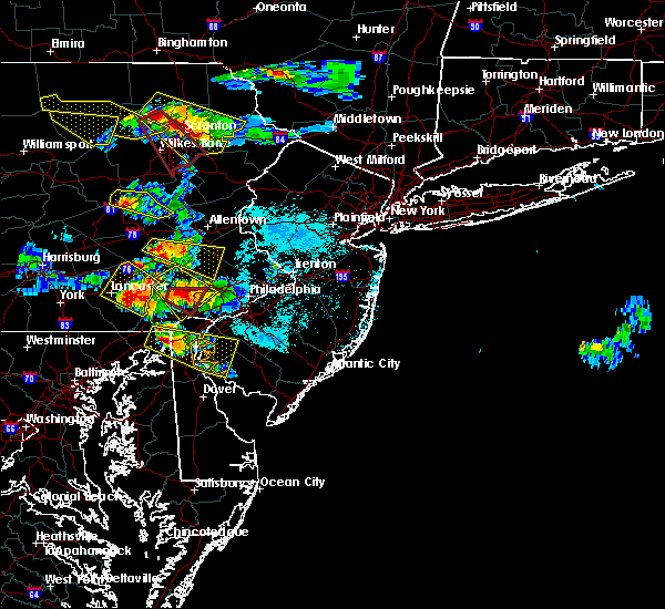 Radar Image for Severe Thunderstorms near Coatesville, PA at 5/28/2019 6:23 PM EDT