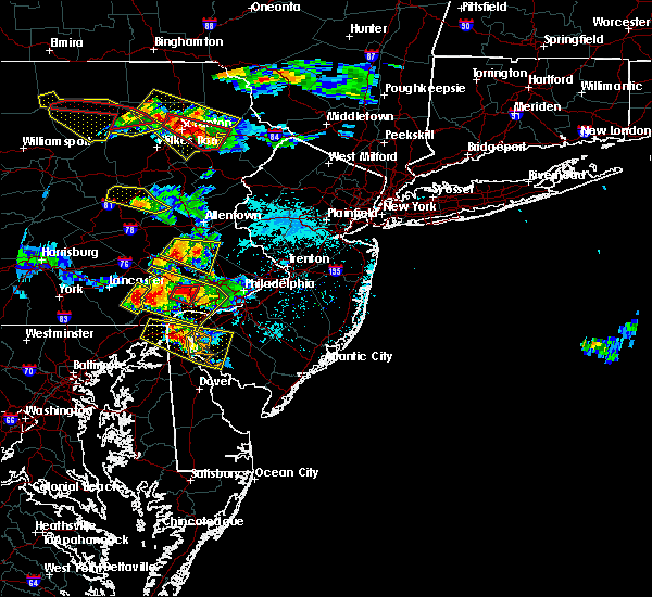 Radar Image for Severe Thunderstorms near Paoli, PA at 5/28/2019 6:35 PM EDT