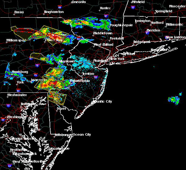 Radar Image for Severe Thunderstorms near Paoli, PA at 5/28/2019 6:42 PM EDT