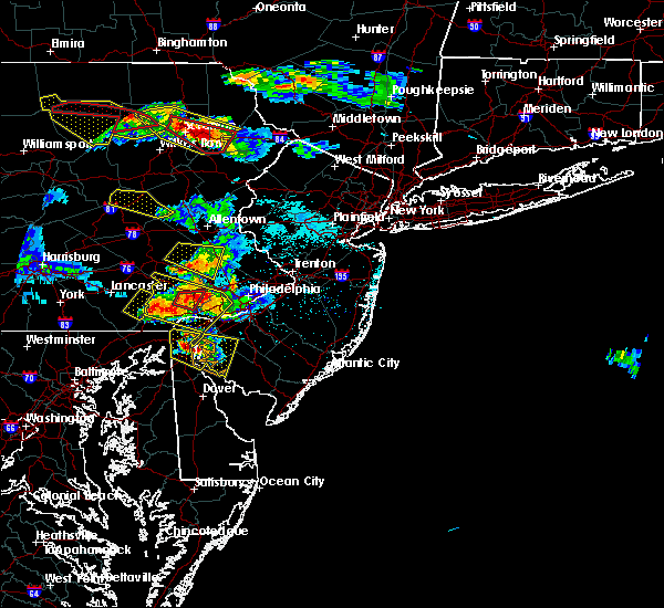 Radar Image for Severe Thunderstorms near Stroudsburg, PA at 5/28/2019 6:45 PM EDT