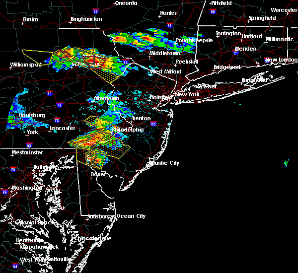 Radar Image for Severe Thunderstorms near Claymont, DE at 5/28/2019 6:59 PM EDT