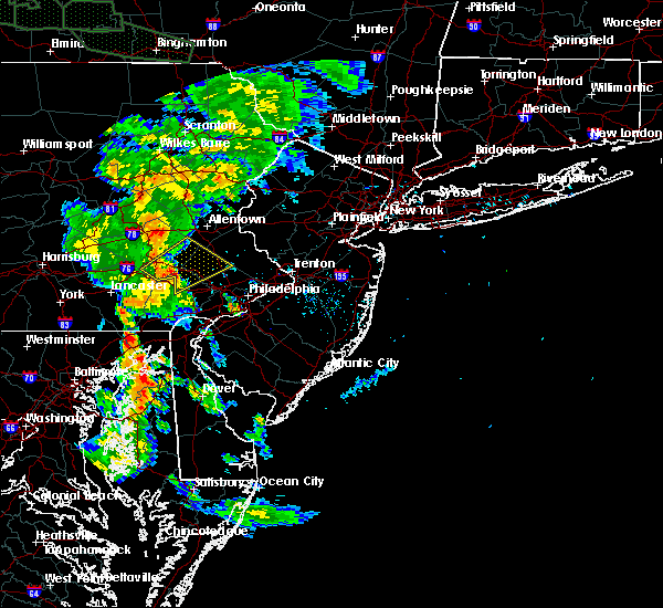 Radar Image for Severe Thunderstorms near Phoenixville, PA at 6/14/2015 7:35 PM EDT