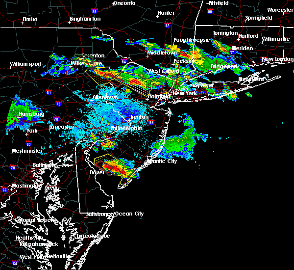 Radar Image for Severe Thunderstorms near Stroudsburg, PA at 5/28/2019 8:30 PM EDT