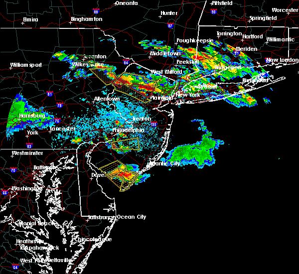 Radar Image for Severe Thunderstorms near Turnersville, NJ at 5/28/2019 8:46 PM EDT
