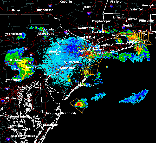 Radar Image for Severe Thunderstorms near Silver Ridge, NJ at 5/28/2019 10:17 PM EDT