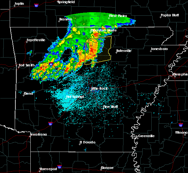 Radar Image for Severe Thunderstorms near Melbourne, AR at 5/29/2019 5:04 AM CDT