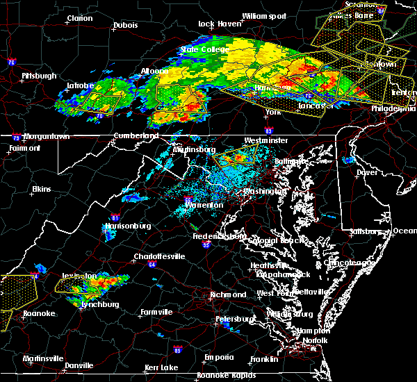 Radar Image for Severe Thunderstorms near Orrstown, PA at 5/29/2019 5:01 PM EDT