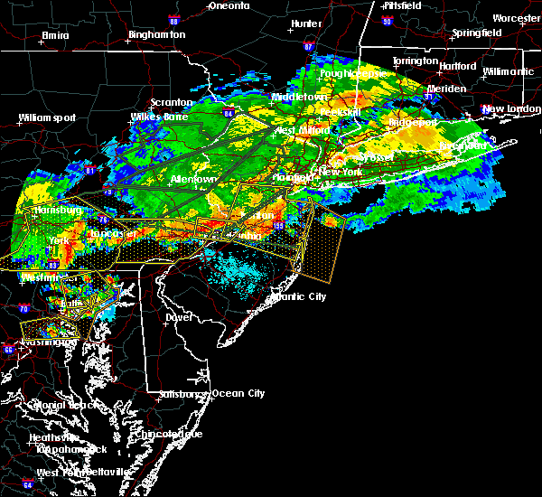 Radar Image for Severe Thunderstorms near Englishtown, NJ at 5/29/2019 6:15 PM EDT