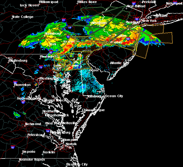 Radar Image for Severe Thunderstorms near Fivepointville, PA at 5/29/2019 6:29 PM EDT