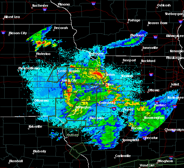 Radar Image for Severe Thunderstorms near Andover, IA at 5/29/2019 11:24 PM CDT