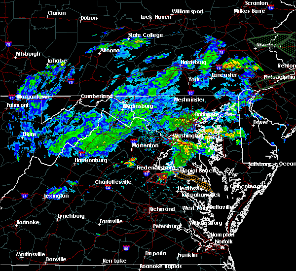 Radar Image for Severe Thunderstorms near Port Royal, VA at 5/30/2019 8:05 PM EDT