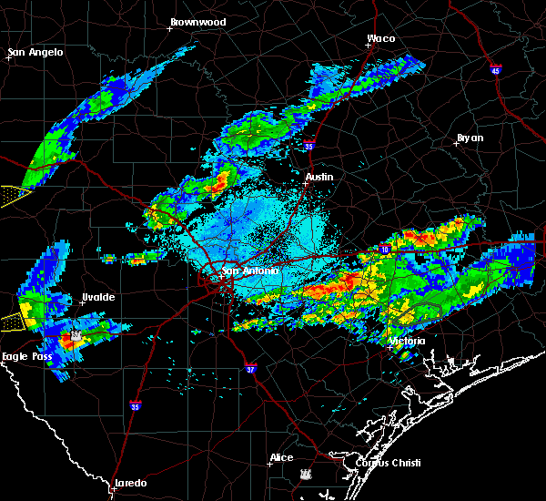 Radar Image for Severe Thunderstorms near Gonzales, TX at 5/30/2019 7:44 PM CDT