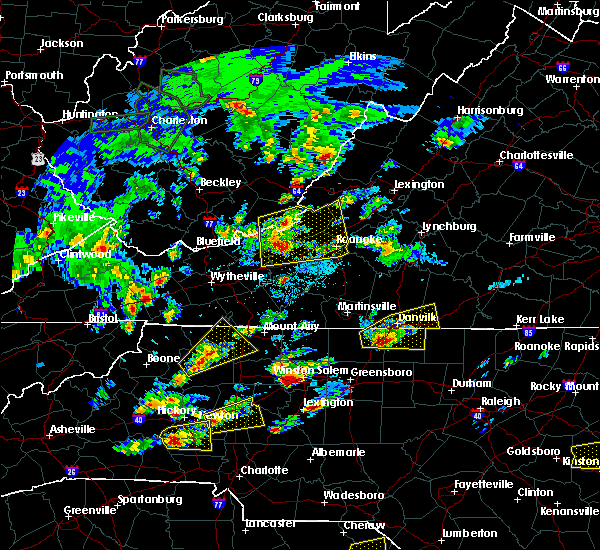 Radar Image for Severe Thunderstorms near Dobson, NC at 5/31/2019 4:06 PM EDT