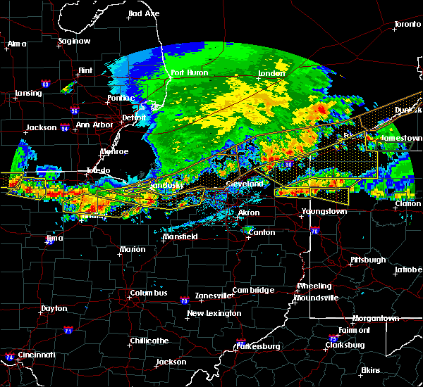 Radar Image for Severe Thunderstorms near Grand River, OH at 6/1/2019 5:27 PM EDT