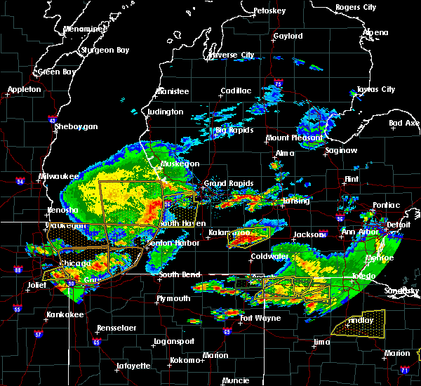 Radar Image for Severe Thunderstorms near South Haven, MI at 6/1/2019 7:12 PM EDT