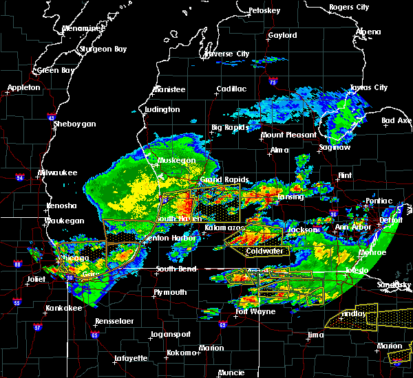 Radar Image for Severe Thunderstorms near Dowling, MI at 6/1/2019 7:42 PM EDT