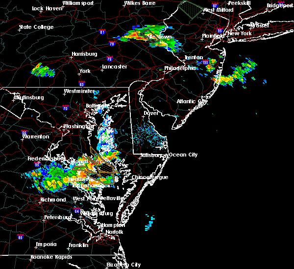 Radar Image for Severe Thunderstorms near Lexington Park, MD at 6/15/2015 8:08 PM EDT
