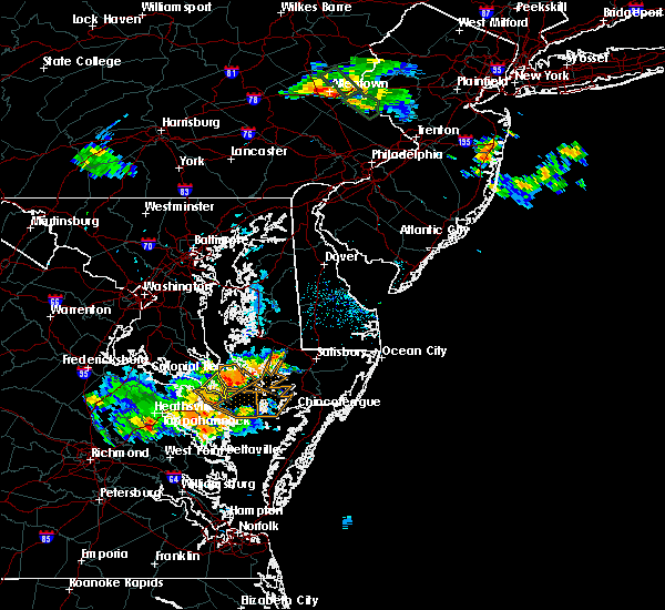 Radar Image for Severe Thunderstorms near Lexington Park, MD at 6/15/2015 8:39 PM EDT