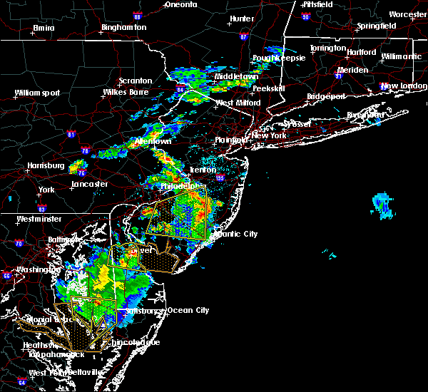 Radar Image for Severe Thunderstorms near Wrightstown, NJ at 6/2/2019 8:14 PM EDT