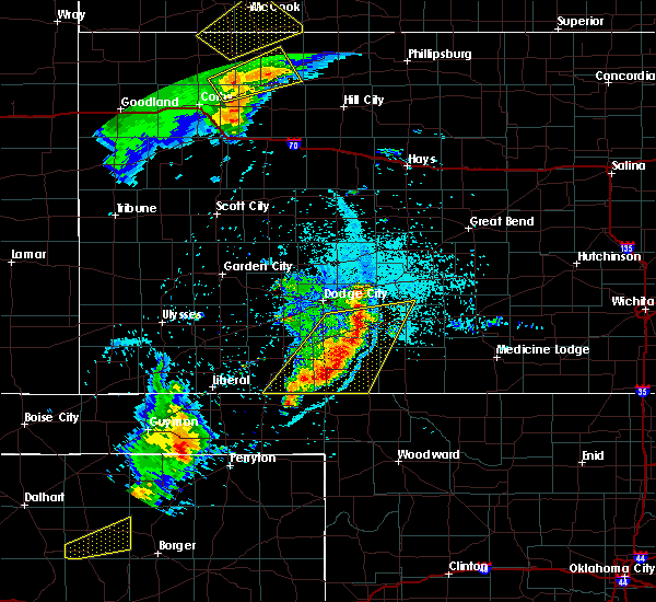 Radar Image for Severe Thunderstorms near Bucklin, KS at 6/3/2019 10:04 PM CDT