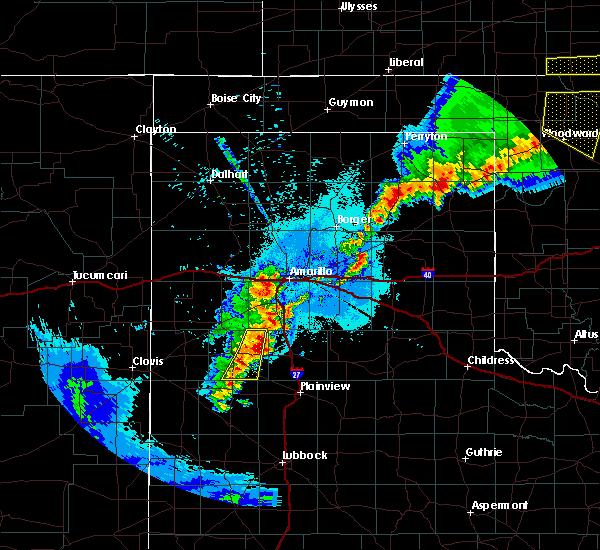 Radar Image for Severe Thunderstorms near Dimmitt, TX at 6/4/2019 1:00 AM CDT