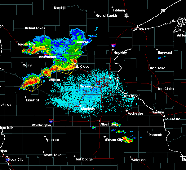 Radar Image for Severe Thunderstorms near Willmar, MN at 6/4/2019 2:06 PM CDT