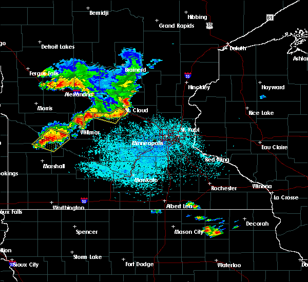 Radar Image for Severe Thunderstorms near Clara City, MN at 6/4/2019 2:10 PM CDT