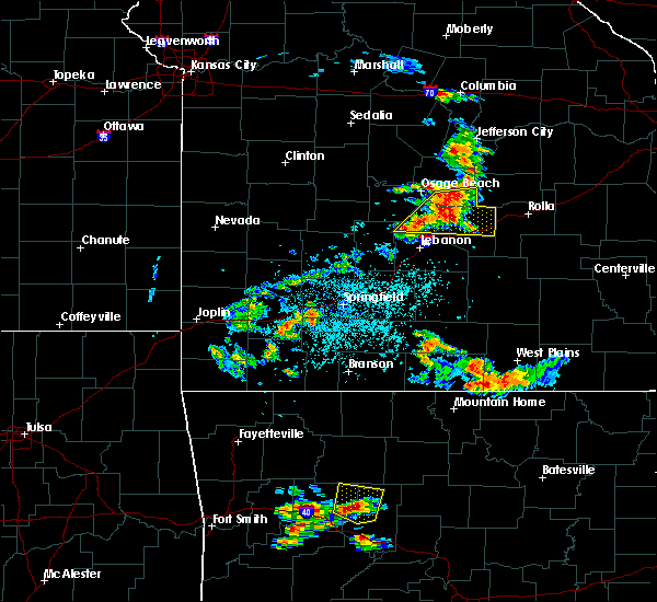 Radar Image for Severe Thunderstorms near Crocker, MO at 6/4/2019 3:52 PM CDT