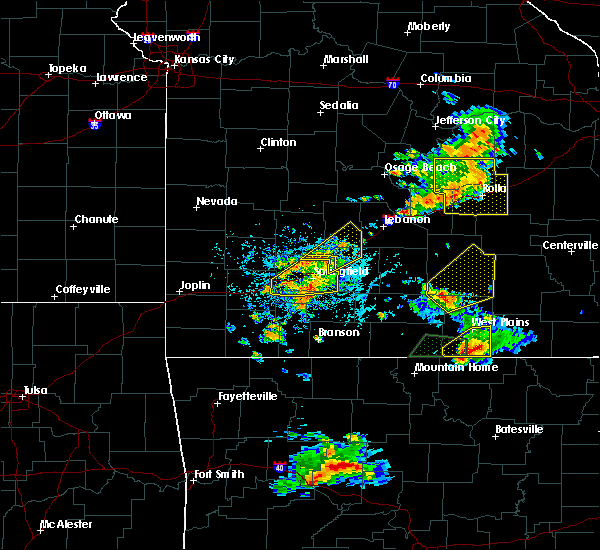 Radar Image for Severe Thunderstorms near Licking, MO at 6/4/2019 4:38 PM CDT