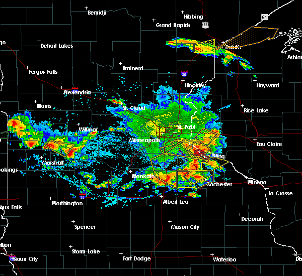 Radar Image for Severe Thunderstorms near Red Wing, MN at 6/4/2019 5:30 PM CDT
