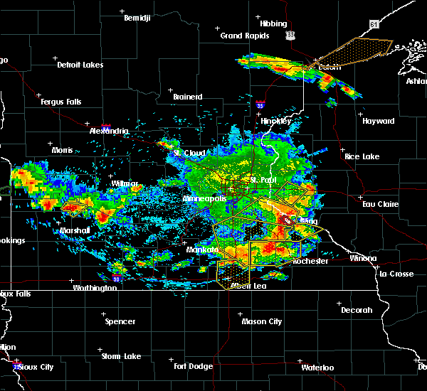 Radar Image for Severe Thunderstorms near Hayfield, MN at 6/4/2019 5:40 PM CDT