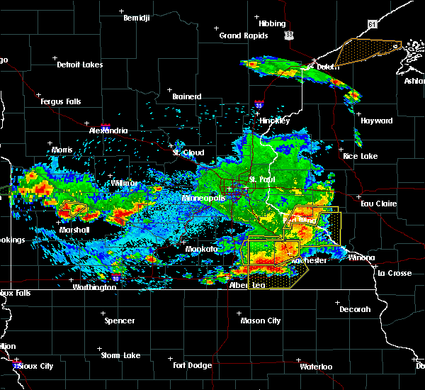 Radar Image for Severe Thunderstorms near Blooming Prairie, MN at 6/4/2019 6:05 PM CDT