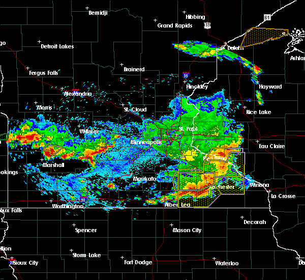 Radar Image for Severe Thunderstorms near Blooming Prairie, MN at 6/4/2019 6:10 PM CDT