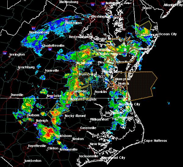 Radar Image for Severe Thunderstorms near Tappahannock, VA at 6/5/2019 5:00 PM EDT