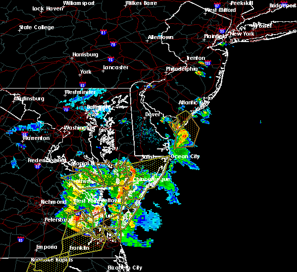 Radar Image for Severe Thunderstorms near Captains Cove, VA at 6/5/2019 5:51 PM EDT