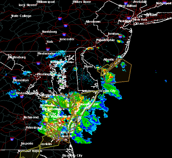 Radar Image for Severe Thunderstorms near Sea Isle City, NJ at 6/5/2019 6:08 PM EDT