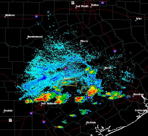Radar Image for Severe Thunderstorms near La Grange, TX at 6/6/2019 5:02 PM CDT