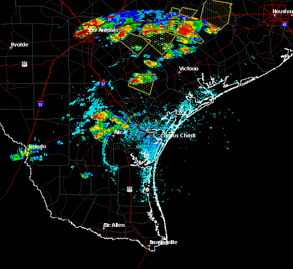 Radar Image for Severe Thunderstorms near Goliad, TX at 6/6/2019 5:45 PM CDT
