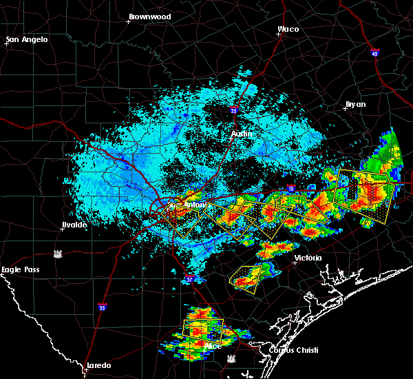 Radar Image for Severe Thunderstorms near Alamo Heights, TX at 6/6/2019 6:07 PM CDT