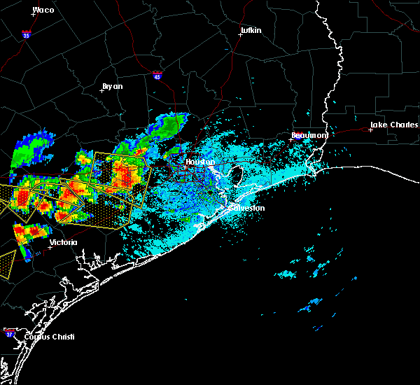 Radar Image for Severe Thunderstorms near El Campo, TX at 6/6/2019 6:10 PM CDT