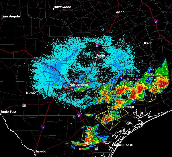 Radar Image for Severe Thunderstorms near Shiner, TX at 6/6/2019 6:29 PM CDT